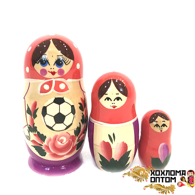 Matryoshka traditional Football (3 dolls)
