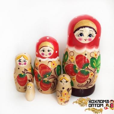 """Матрешка """"Ягодка"""" 5 кукольная"""