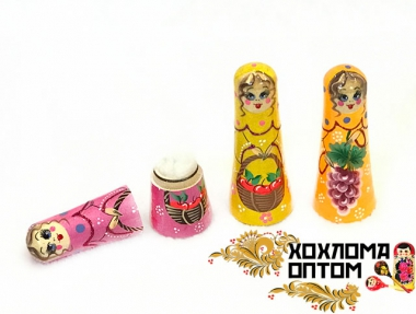 "Storage capacity for needles ""Russian doll"""